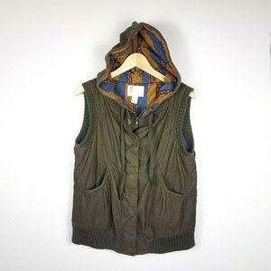 Urban Outfitters Corduroy Vest Hood SZ L Green